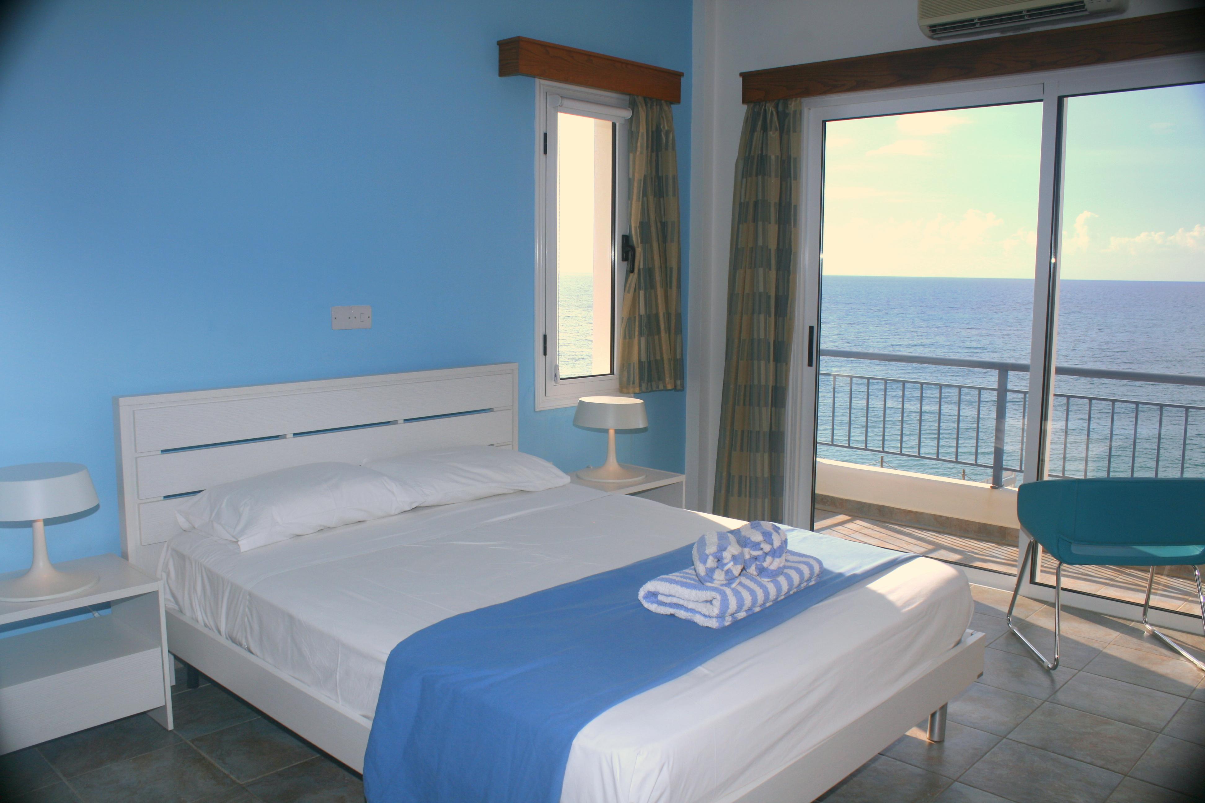 Villa Oceanos, Blue Coral Villas