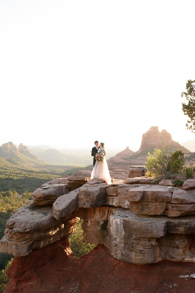 Romantic Sunset Elopement| Sedona Arizona| James and Magda