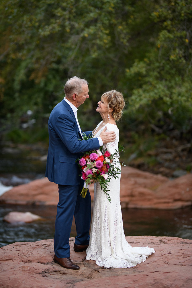 Creekside Wedding in Sedona Arizona | L'Auberge| Kris and Robb