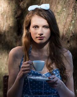 My stunning Alice number one _ellis_farrand_ 😍 #aliceinwonderland #mua #makeupartist #devon #exeter