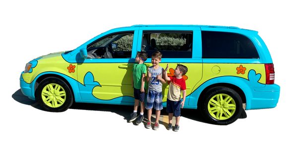 Scooby Van with Kids.png
