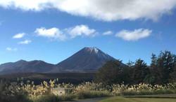 ナウルホエ山
