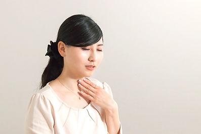 喉の痛み.jpg