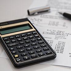 calculator-385506_1280 (1).jpg