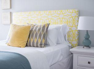 カラフルなベッド