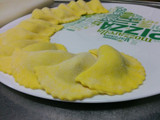 Ravioli with Avocado & Mozzarella