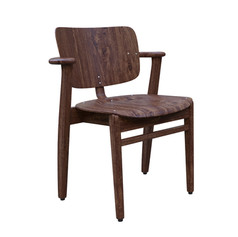 chair from Sal Talamo and 3D Shaker