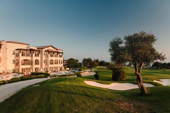 awgolf-hotel-golf-hole-10.jpeg