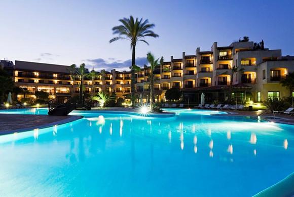 awgolf-poolhotel-Precise Resort El Rompi