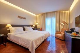 awgolf-penina-hotelroom.jpeg