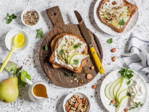 4 Expert Breakfast Hacks For All-Day Energy
