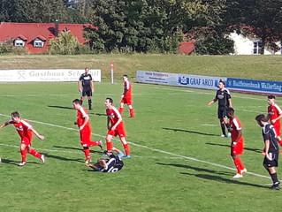 FC Reichstorf trotzt den 2 Platzverweisen und führt den SV Wallerfing Zuhause vor