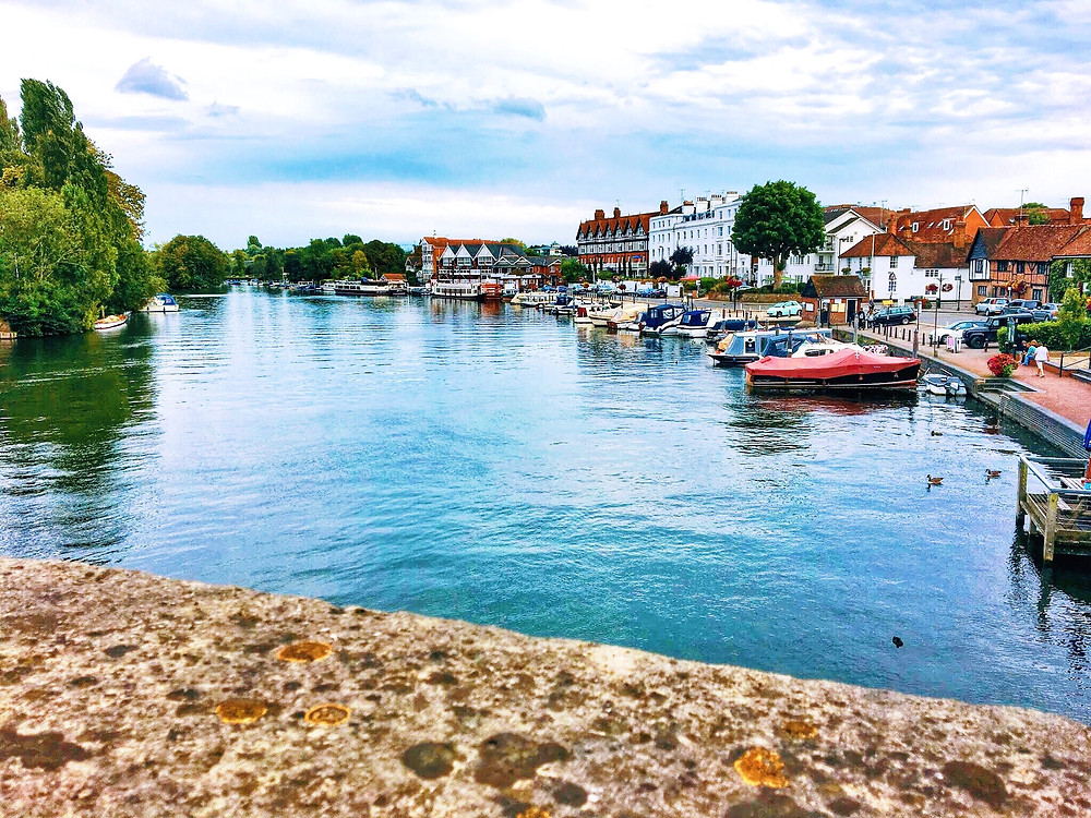 A view of the river Thames as you enter Henley