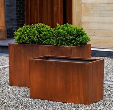 steel box planter.jpg