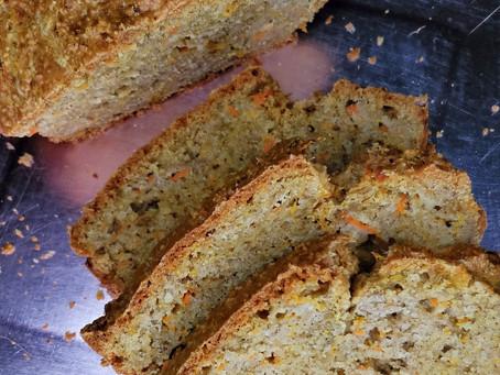 Cake à la carotte et cannelle