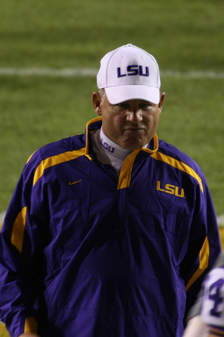 Hiring Les Miles Would be a Total Kansas Football Move (and failure)