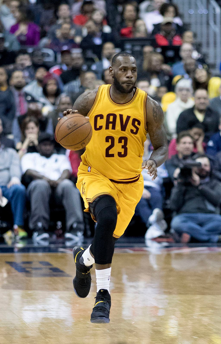 Stop Arguing about the NBA's GOAT and Just Enjoy LeBron James Performing