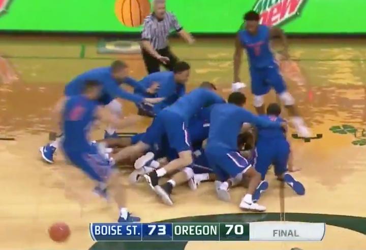 Oregon BB's 46 Game Home Court Win Streak Goes Down on Half Court Buzzer Beater