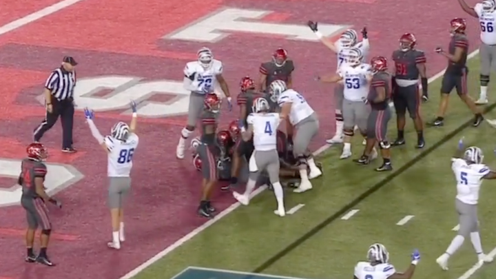 CFB: Memphis Drops 42 2nd Half Points on Houston For Comeback Win