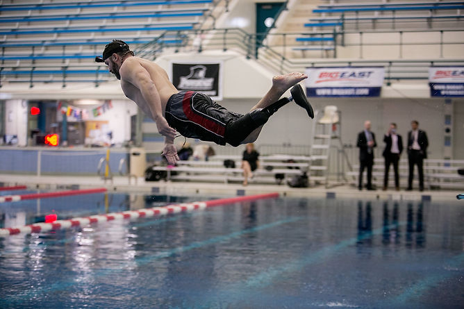 Dive with Prosthetic.jpg