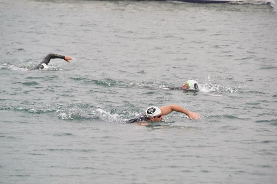 Swimmers '15.jpg