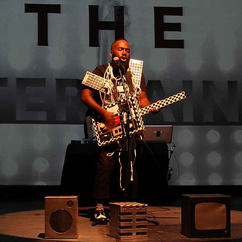 Derrick-Adams-The-Entertainer.jpg