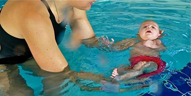 acquababy, corsi neonati piscina