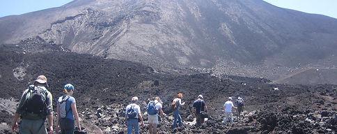 pacaya volcano tour- antigua-guatemala-r