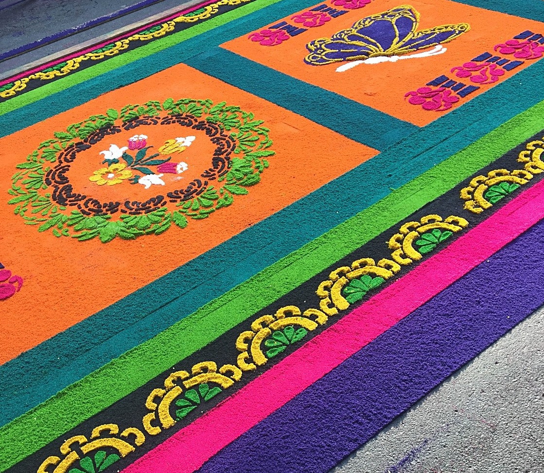 Close up of a colorful alfombra