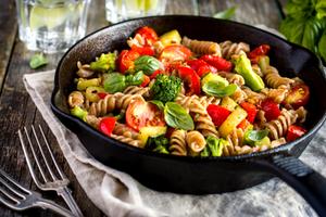 Super lean. Super quick. Super healthy. Super Veggie Pasta!