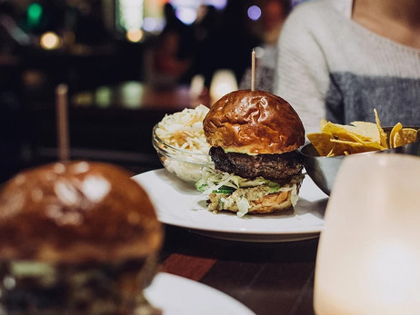 Why Cheat Meals Are The Key To Staying On-track