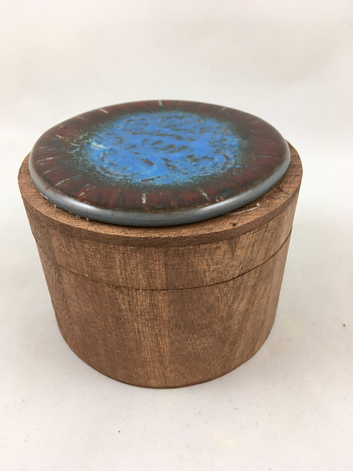 "Small wooden box with ""batiked"" glass top"