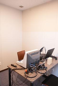 10_聴力検査室2_1.jpg