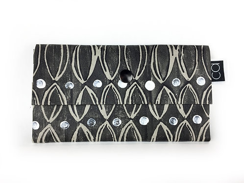 Vegan Purse Black, White on Grey