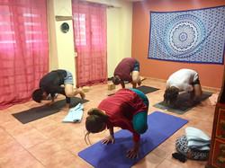 escuela yoga somo loredo
