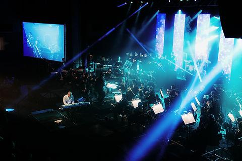 Kitt Wakeley & The Symphony ofin Concert Balcony ViewRock