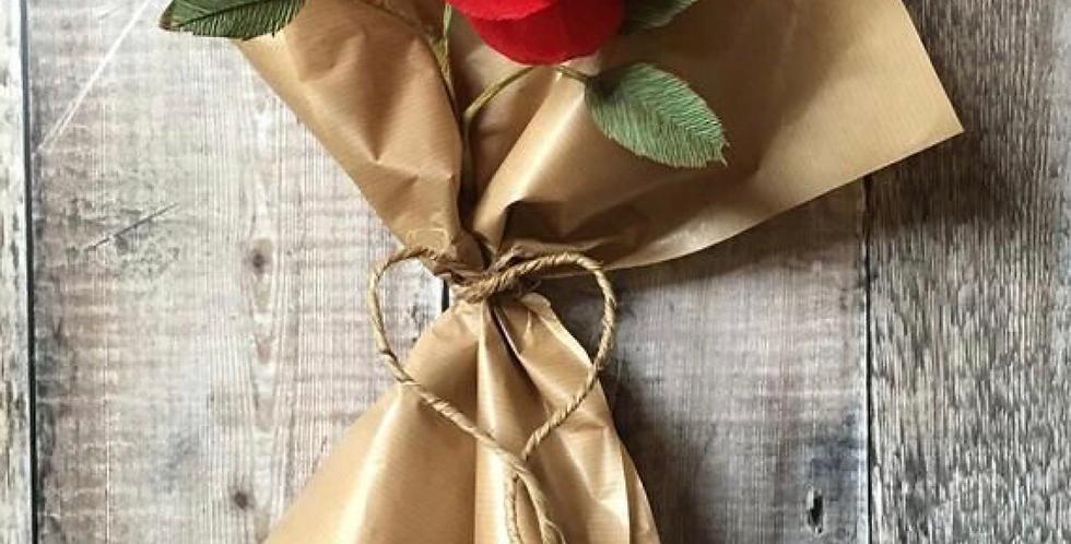 2 Roses in paper