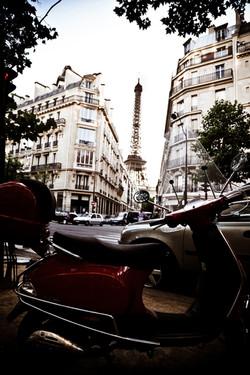 Paris _ Tour D'Effiel Near Champs de Mars