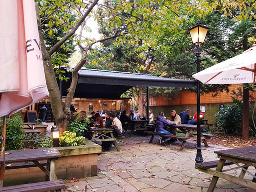 """Got a warm beer garden?"" Pubs with outdoor heating in Hammersmith & Fulham"