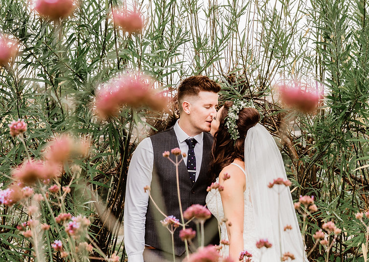 Wedding-photography-tali-uk-sussex-surrey-kent-hampshire-london-boho-natural-best-organic-