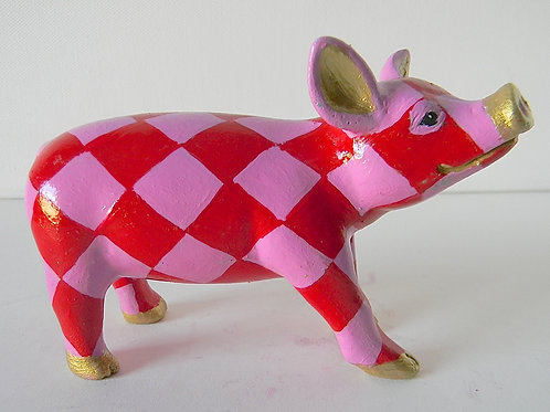 Red triangles mini pig - PP-R1226