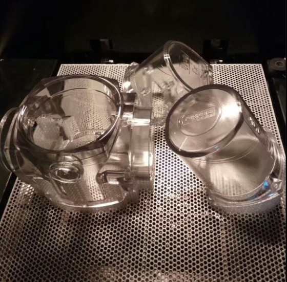 Does 3D printing can be print transparent models?