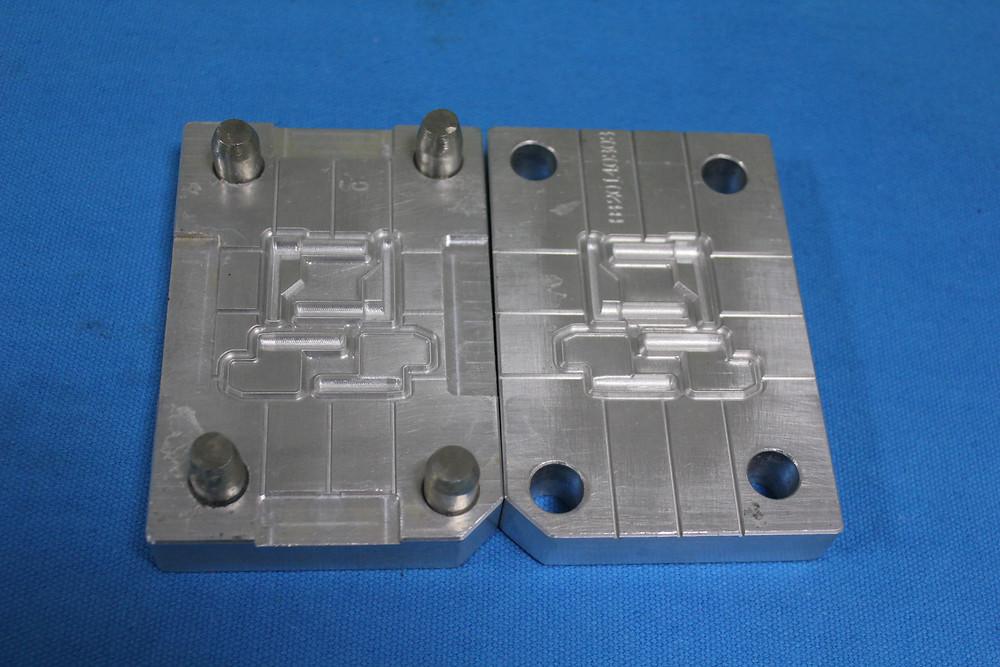 quality-compression-molding-silicone-2