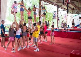 Camp de cheerleading Cheer-Rep Division Sports-Rep