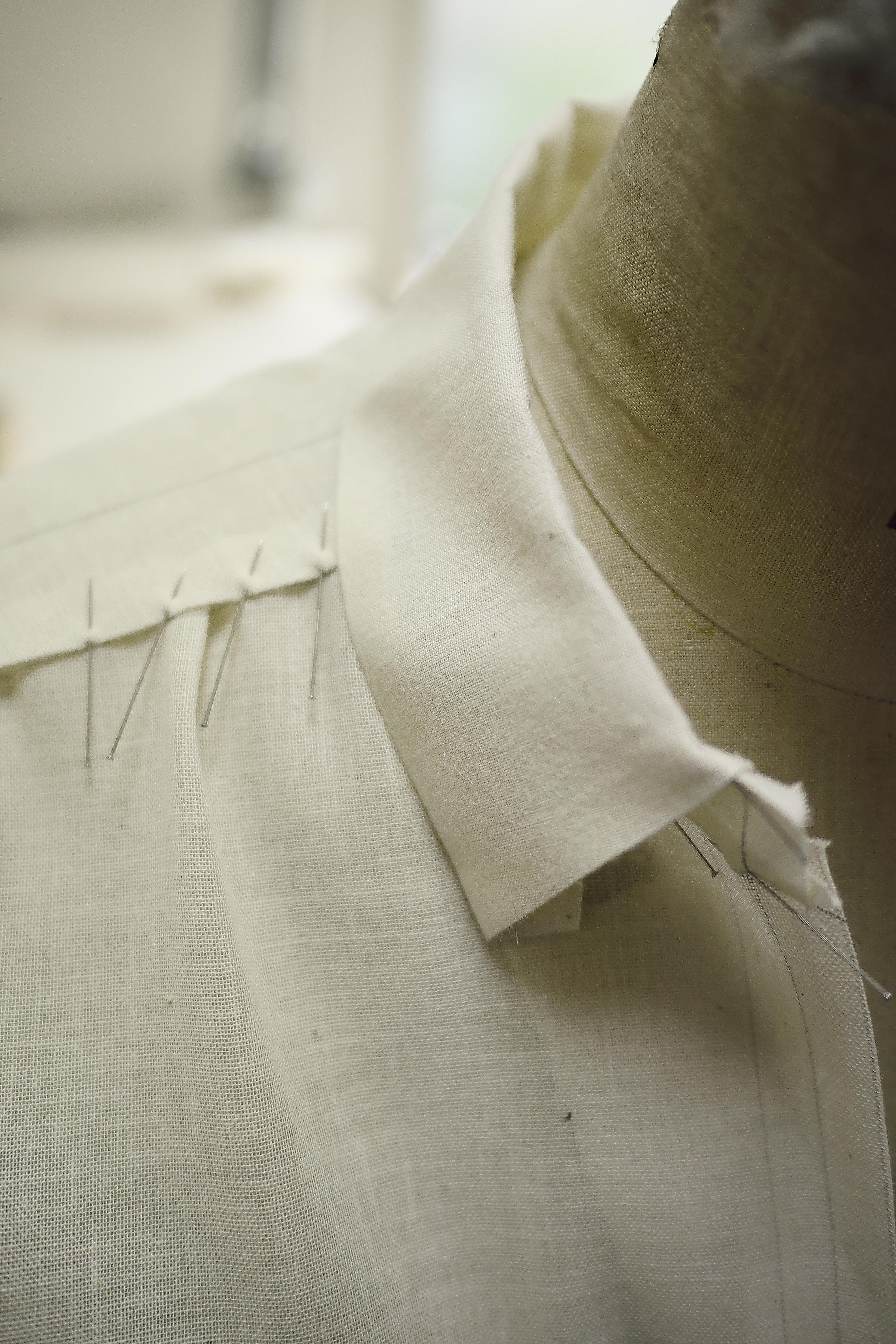 シャツ衿のトワル