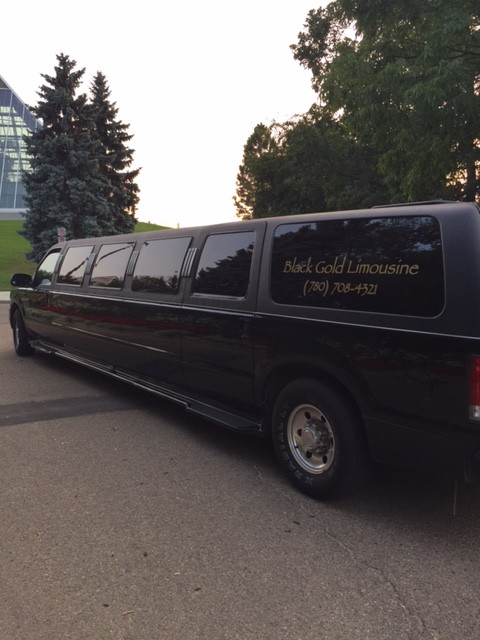 6 Questions Your should Ask Before Booking a Limo