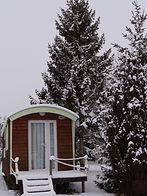 livraison d'une maisonnette irm long island au parc du bois joli, l'intallation de cette maisonnette c'est faite au 14 allée des papillons