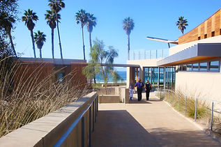 Scripps-Forum-entry-walk-Ryan.jpg