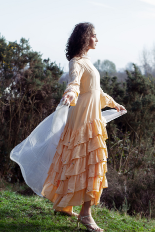 Dress: Jill Sander Scarf: Max Mara