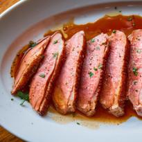 マグレ鴨胸肉のロースト